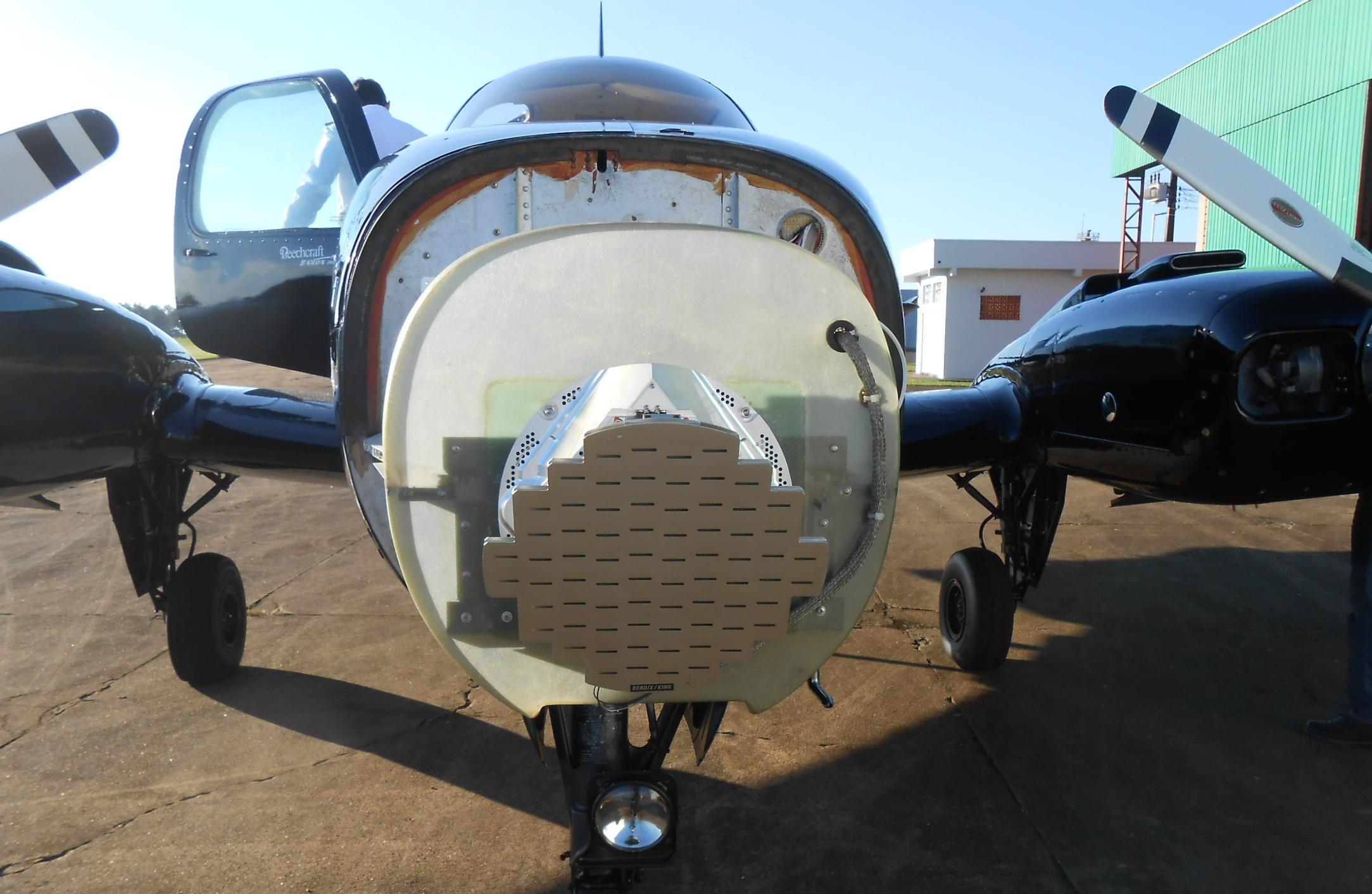 Certificação de Radar Meteorológico ART-2000 em aeronaves Baron